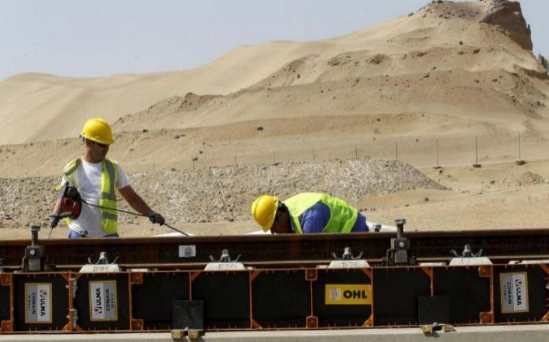 Obras del proyecto del tren de alta velocidad que unirá La Meca con la ciudad de Medina./ EFE / EXPANSIÓN