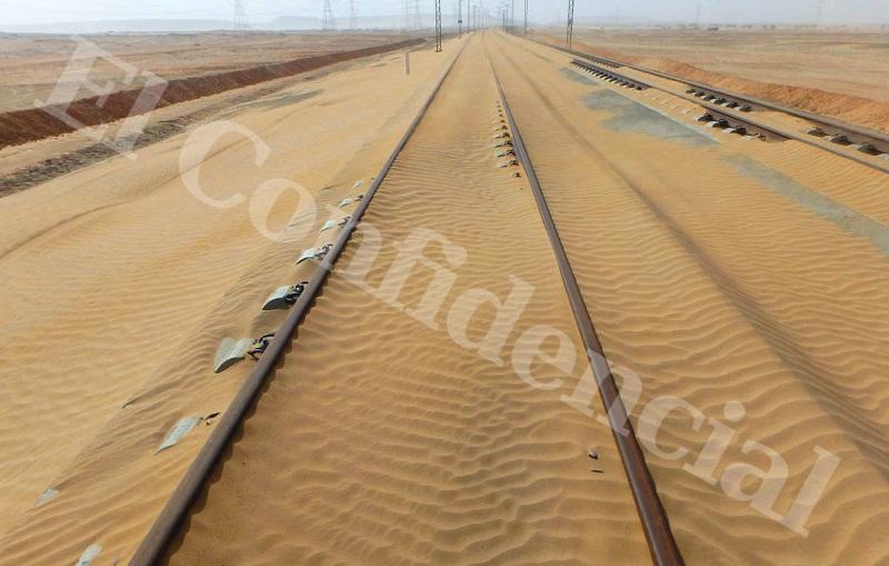 La arena invade tramos del AVE Medina-La Meca ante la división interna del consorcio español que lo construye sobre quién debe hacerse cargo del mantenimiento. / El Confidencial