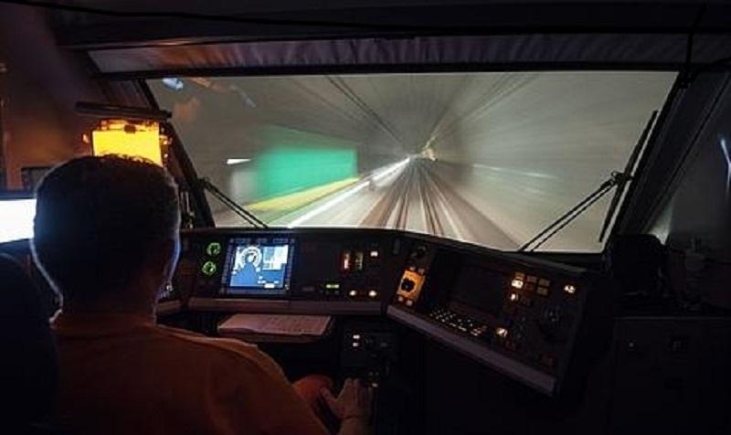 En los próximos meses, los trenes podrán cruzar el macizo alpino en tan solo 20 minutos./ABC