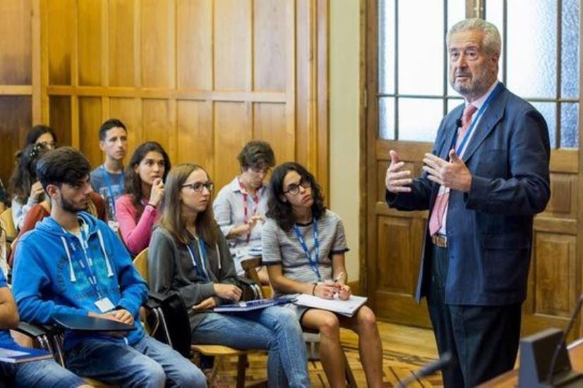 El catedrático Enrique Alarcón Álvarez