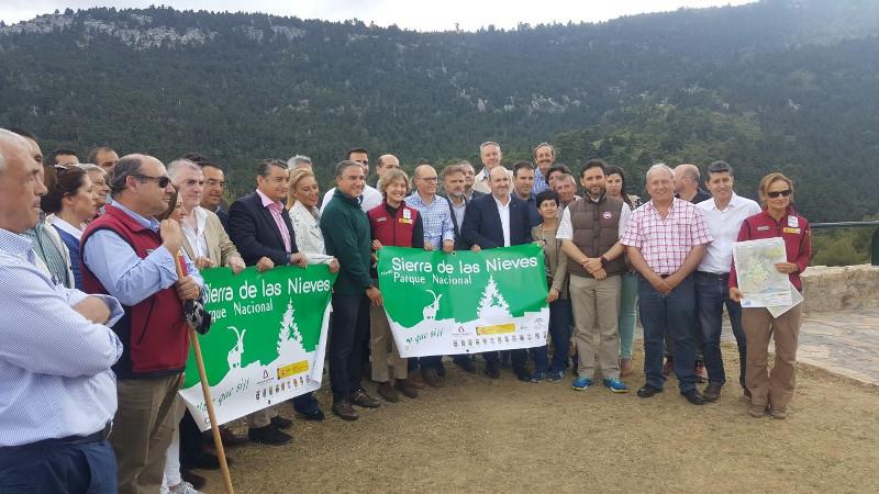 Visita-Ministra-Sierra-Nieves