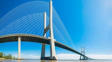 puente-vasco-gama-rio-tajo